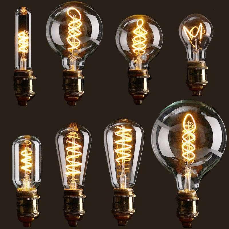 La mode est aux ampoules LED qui reprennent le design et les coloris d'anciens modèles à filament. © Bang Good