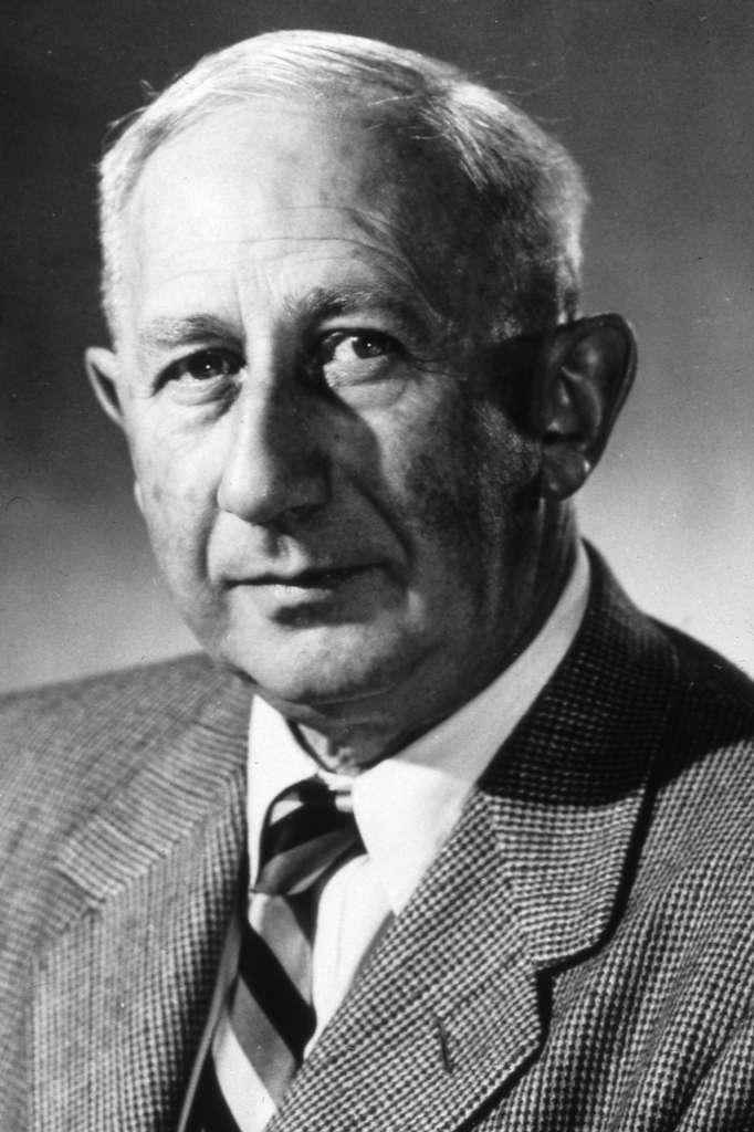 Cette photo de Walter Baade date de 1955. L'astrophysicien est surtout connu pour ses travaux sur les supernovae et les étoiles à neutrons. © Mt. Wilson Observatory
