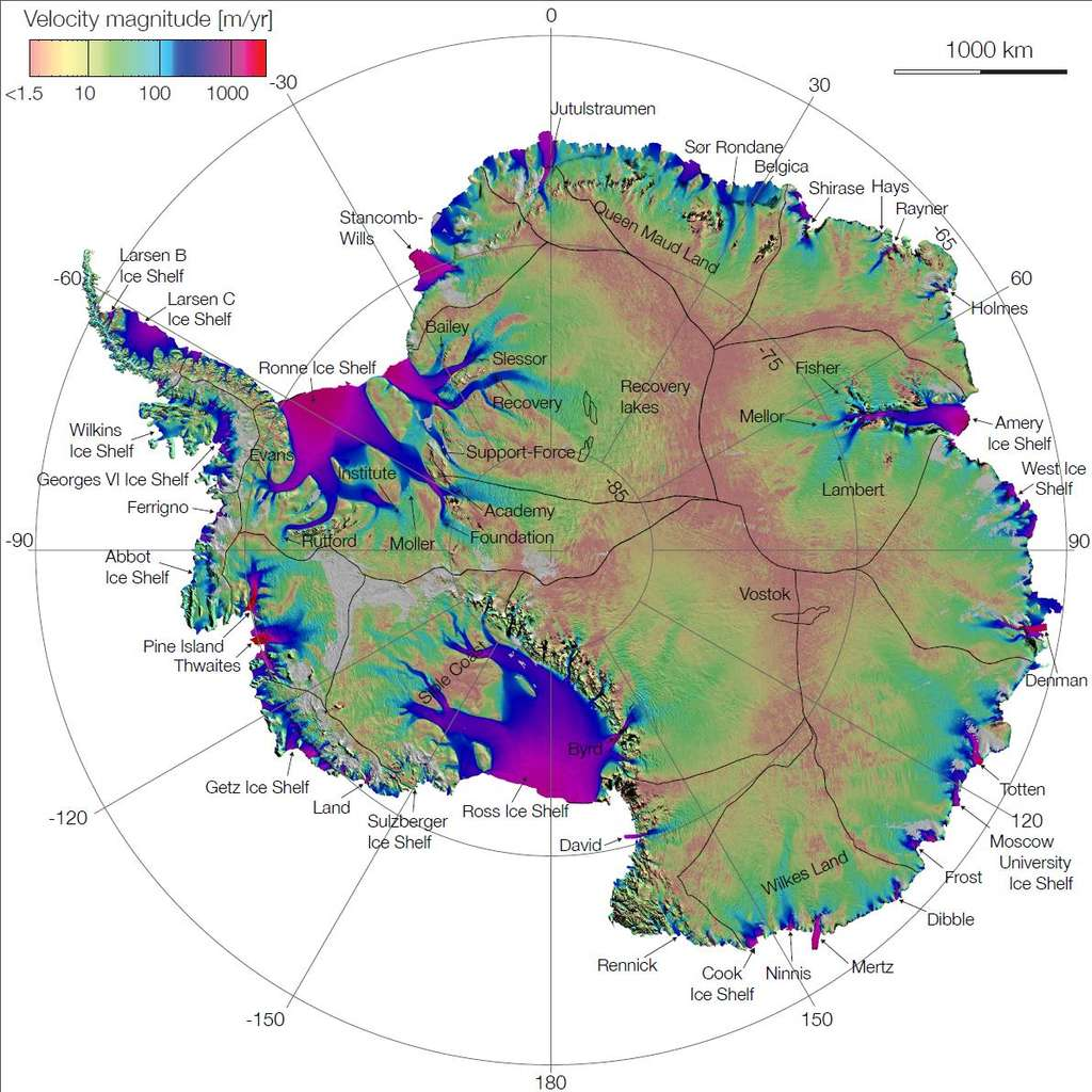 Première carte de la vitesse et direction de l'expansion de la glace dans l'Antarctique. Cette carte est réalisée à partir des données radar du satellite japonais Alos Palsar, du satellite européen Radarsat-2. La vitesse (velocity magnitude) est exprimée en m/an (m/year) et varie entre 1,5 (rose pâle) et 1.000 m/an (violet). © Jet Propulsion Laboratory, Nasa