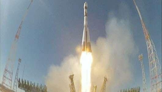 Décollage du lanceur Soyouz 2.1a depuis le cosmodrome de Baïkonour, avec à son bord sept satellites dont le Bion-M1. © TsENKI