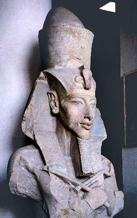 Buste d'Akhenaton au musée égyptien du Caire. © Hajor, CC by-sa 1.0