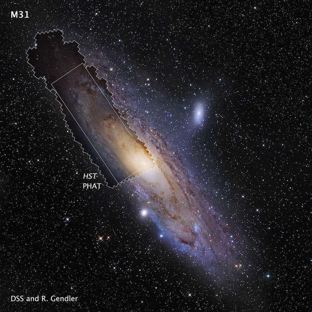 Image composite de la galaxie d'Andromède (M31). Les deux versions (cadrée et non cadrée) de la mosaïque obtenues avec Hubble sont superposées au très beau portrait d'une grande partie de la galaxie spirale. Celui-ci conjugue les données acquises par le Digitized Sky Survey (DSS) et celles de l'astrophotographe Robert Gendler. © Nasa, Esa, J. Dalcanton, B. F. Williams, L.C. Johnson (University of Washington), the PHAT team, R. Gendler
