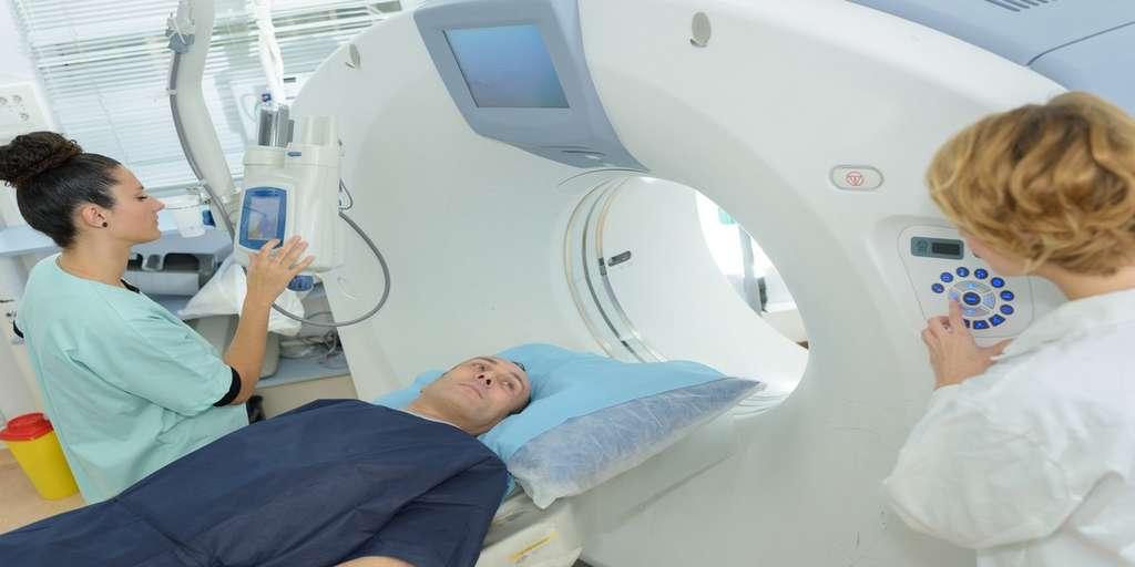 C'est l'hélium utilisé lors de l'installation d'une machine IRM qui a été fatal aux terminaux Apple. © Auremar, Fotolia