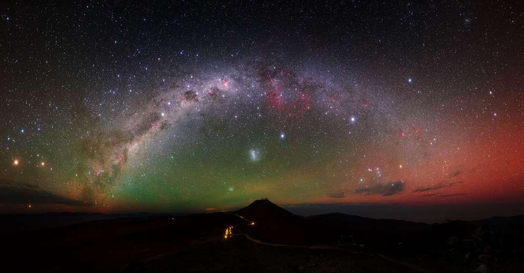 Découvrez comment, avec Galilée, le mouvement devint relatif. Ici, la Voie lactée vue depuis un site d'observation au Chili. © Y. Beletsky (LCO), ESO, CC by 4.0