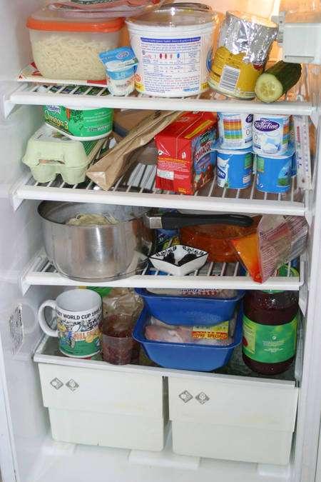 Le respect de la chaîne du froid est un outil indispensable pour garantir la sécurité des aliments. Mais avoir un réfrigérateur ne fait pas tout : est-il à bonne température ? L'air circule-t-il librement ? Les produits sont-ils protégés les uns des autres ? Sont-ils placés au bon endroit ? Et avant vous que s'est-il passé ? © Vincent Leclerc