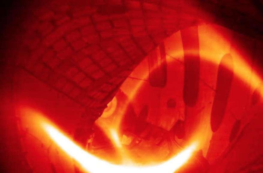 L'image, en fausses couleurs, montre le plasma chauffé à presque 80 millions de kelvins obtenu le 3 février 2016 dans le stellarator Wendelstein 7-X. © Max-Planck-Institut für Plasmaphysik, IPP