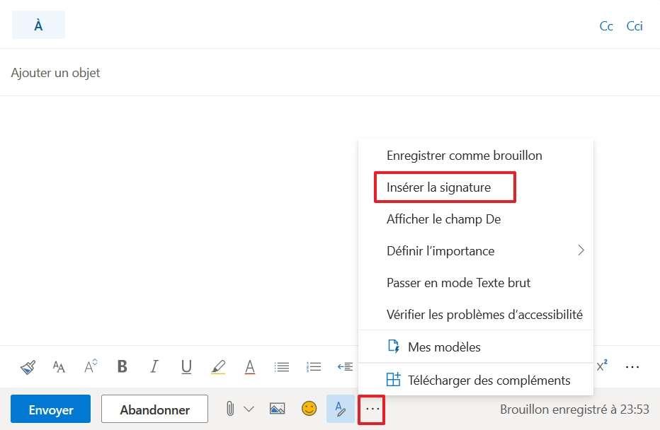 Il faut insérer la signature manuellement si vous ne l'avez pas configurée pour qu'elle s'ajoute automatiquement. © Microsoft