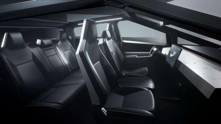 Une vue de l'intérieur du Cybertruck de Tesla qui pourra accueillir six passagers. © Tesla