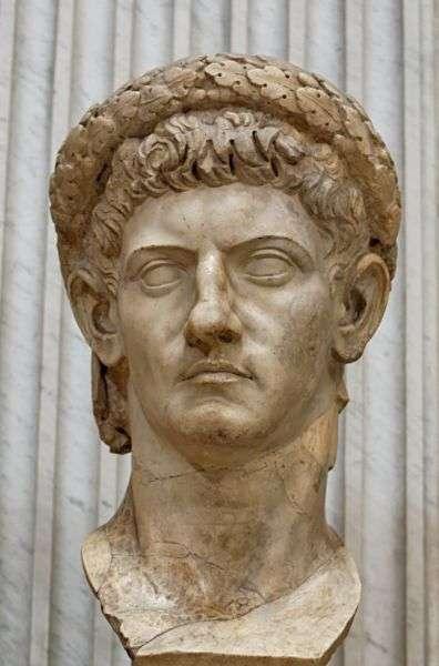 Buste de Claude en Jupiter. Œuvre romaine en marbre datant d'environ 50 ap. J.-C. (provenance : Lanuvium, en Italie). © Jastrow, DP