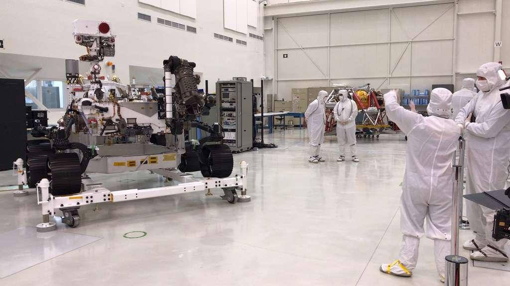 Le nouveau rover de la Nasa, Mars 2020, dans toute sa splendeur lors de sa présentation spéciale à la presse, le 27 décembre 2019. © Nasa, JPL-Caltech