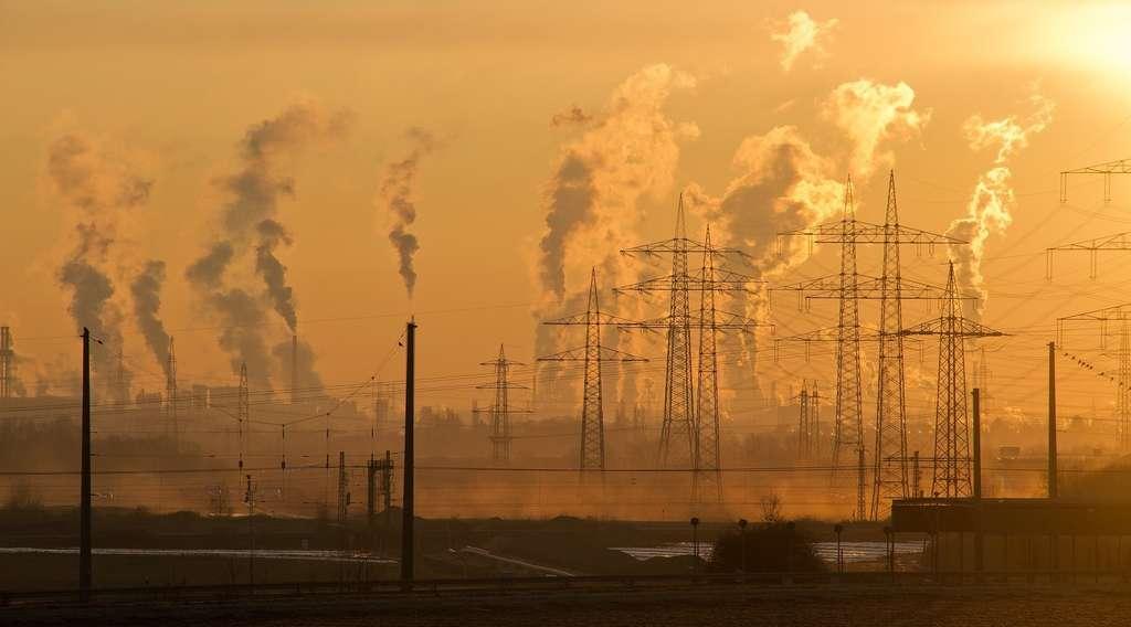 Certaines activités humaines affectent la composition de l'atmosphère. En France, la qualité de l'air est désormais surveillée. En fonction des prévisions météo, des pics de pollution peuvent être prévus sur des zones assez précises. © SD-Pictures, Pixabay, DP