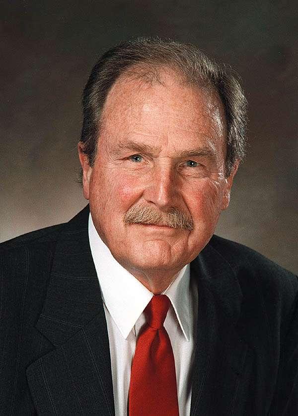 Ingénieur, David Albert Huffman (1925 - 1999) fut un pionnier de la compression de données dans le domaine de l'informatique. On lui doit le codage de Huffman, utilisé par exemple avec des fichiers en MP3 et en JPeg. © Don Harris