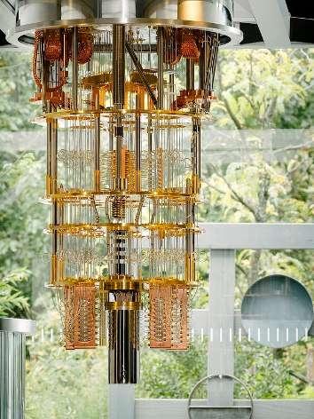 Le cryostat du circuit quantique à 50 qubits. © IBM