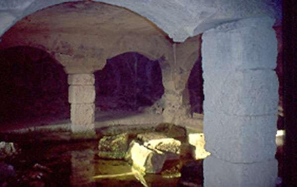 Tombe rupestre