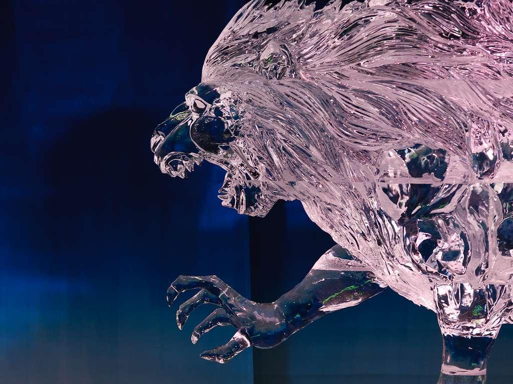 Sculpture sur glace du Bal de Neige, au Canada