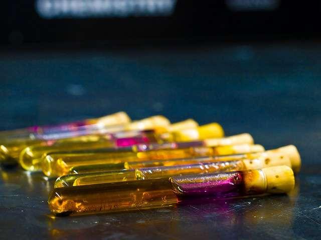 Quand les expériences de chimie se font chez soi ! © canyon289, Flickr CC by nc nd 2.0