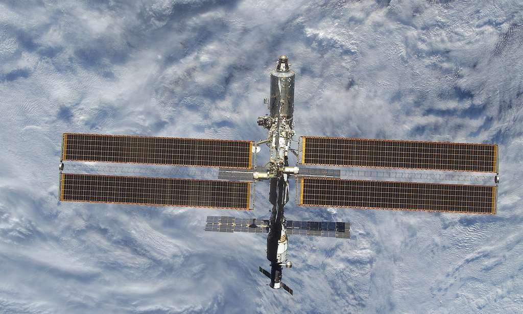 Mars 2001, l'ISS ressemble bien à une Station