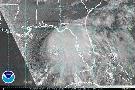 Image satellite d'Alberto, la tempête tropicale qui inaugure officiellement la saison 2006 des cyclones (Crédits : NOAA)