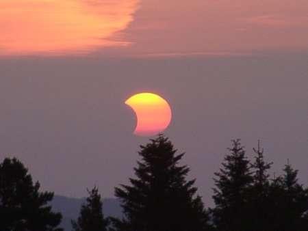 Eclipse de Soleil - 31 Mai 2003