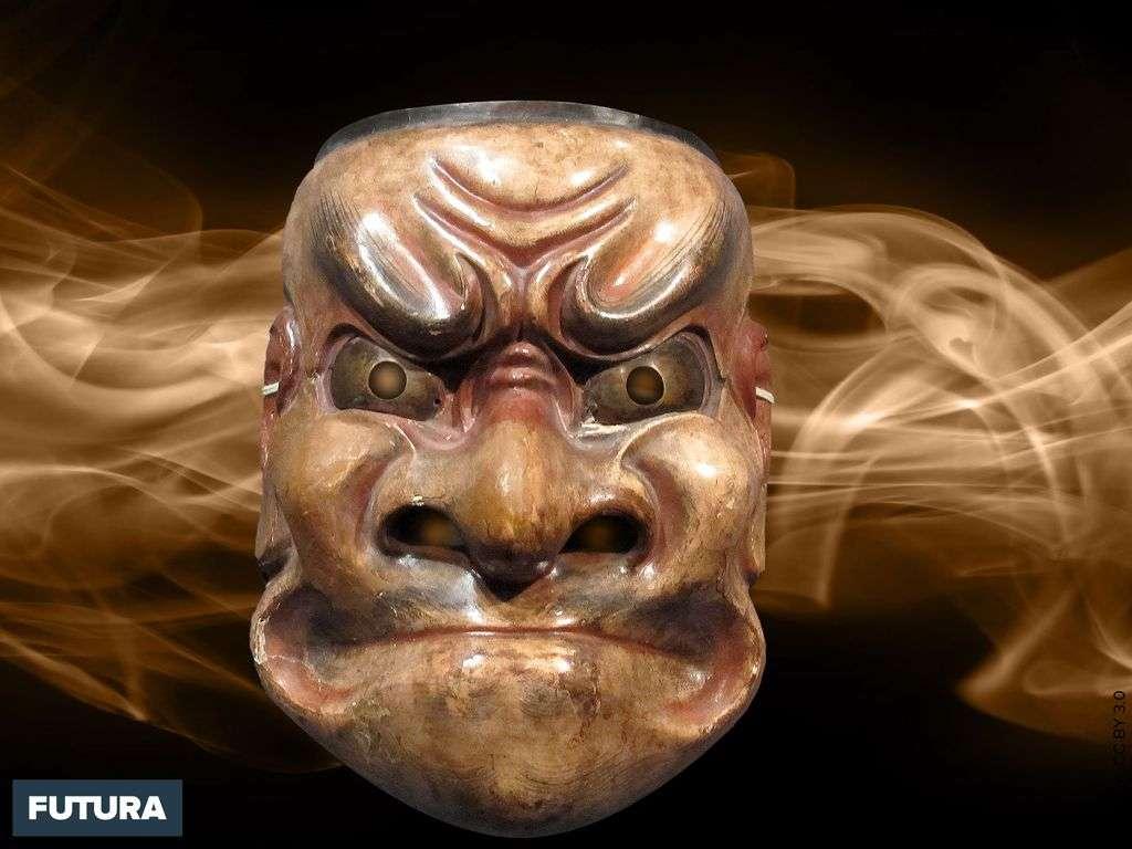 Japon, masque de démon du théâtre traditionnel Nô