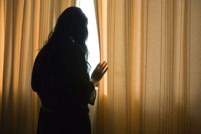 Solitude, soucis de santé, problèmes professionnels : la dépression peut s'expliquer par de très nombreuses raisons. Nous ne serions d'ailleurs pas tous égaux devant la maladie, certains étant plus enclins que d'autres à la déclarer. © Andrew Lever, shutterstock.com