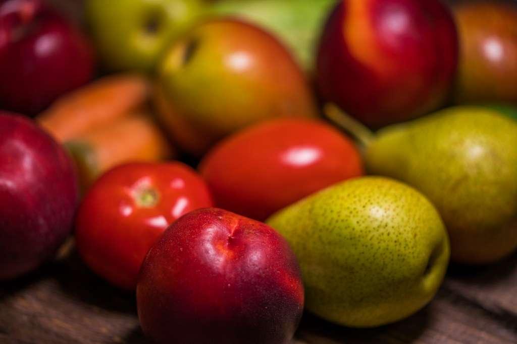 Le film transparent et comestible de Proteme prolonge la durée de vie des fruits et légumes. © yury vinokurov/EyeEm, Adobe Stock