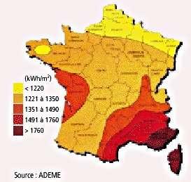 Quantité d'énergie solaire reçue en France. Valeurs concernant les quantités (en kWh) déversées au mètre carré sur le territoire français. Le dixième de ces valeurs suffit pour obtenir la production annuelle d'un panneau photovoltaïque. © Ademe