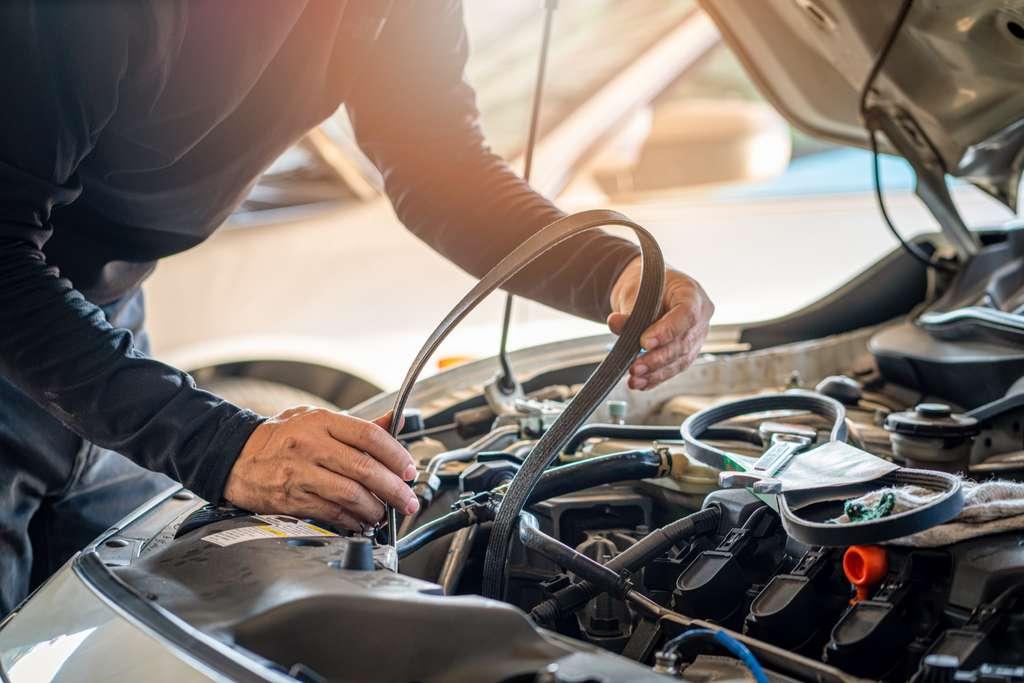 Changer la courroie de distribution est une étape obligatoire dans le cycle de l'entretien d'un véhicule. © Kanemme6, Adobe Stock©