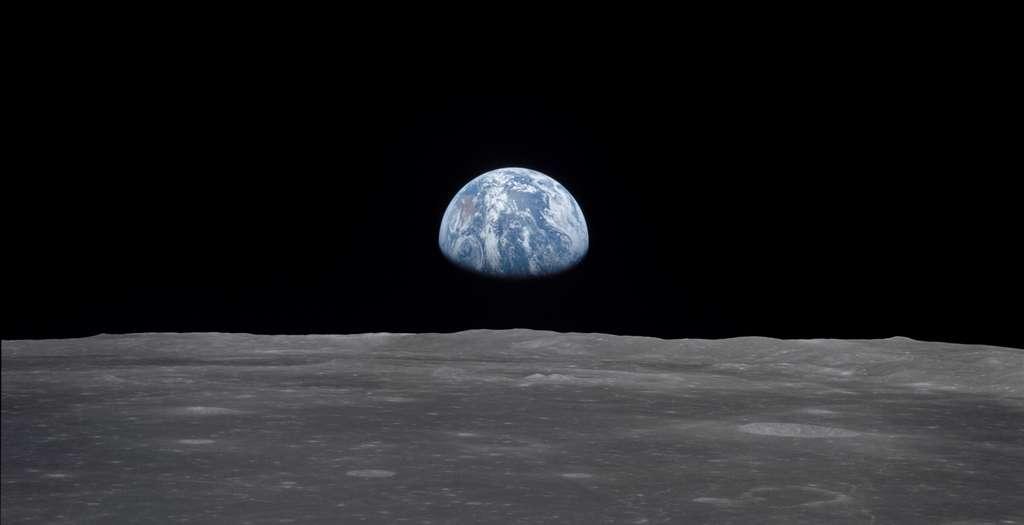 La Terre vue de la Lune lors de la mission Apollo 11, il y a 50 ans. C'est la seule planète que nous connaissons où la vie prospère. © Nasa