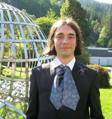 Cédric Villani, récompensé pour ses contributions relatives à l'équation de Boltzmann. Crédit : Mathematisches Forschungsinstitut Oberwolfach