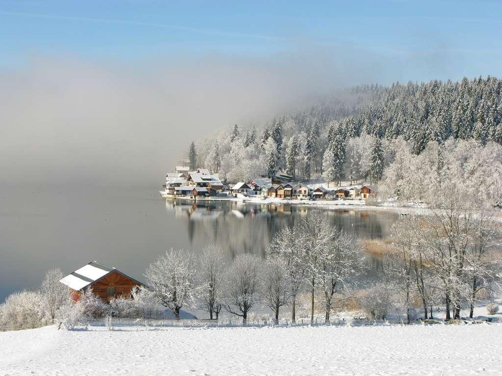 L'augmentation de l'effet de serre entraîne le réchauffement climatique de notre Planète. Sur la photo, le hameau de Port-Titi, dans le Doubs. © Yves Fouquart - Reproduction interdite - Tous droits réservés