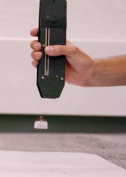 Piccolissimo n'a que deux parties mobiles : son hélice et son châssis. Un signal infrarouge permet de faire varier la vitesse du moteur afin d'induire des changements de direction. © ModLab, University of Pennsylvania