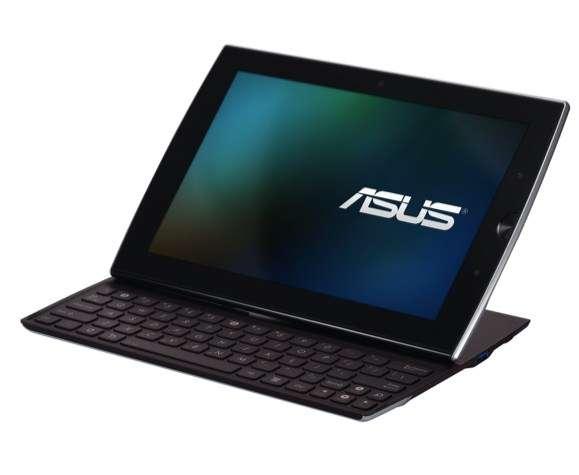 L'Eee Pad Slider peut s'utiliser comme un portable mais une fois son clavier escamoté, il se transforme en tablette tactile. © Asus