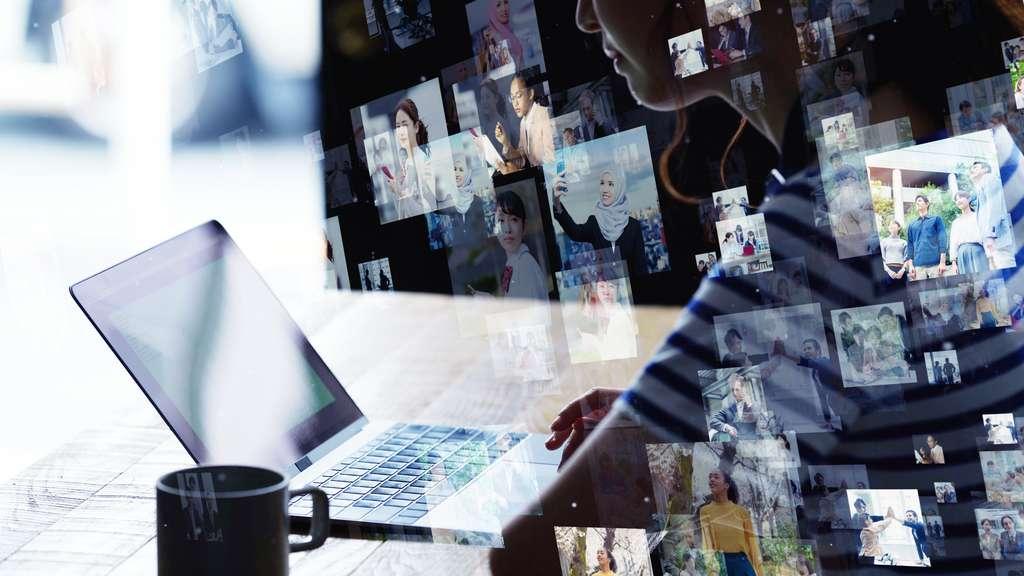 Partage d'images, création de vidéos éducatives, résolution d'un bug ou d'un problème informatique, les raisons sont nombreuses de vouloir filmer son écran. © metamorworks, Adobe Stock