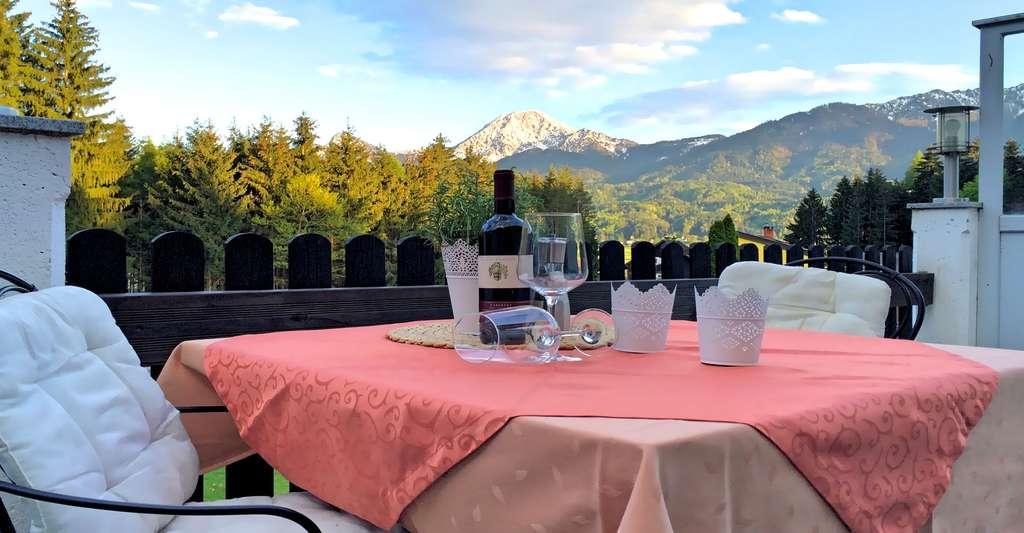Table de dégustation de vin. © Nicole80, CCO