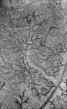 Extrusion de glace d'eau et sources de méthane sur Titan?