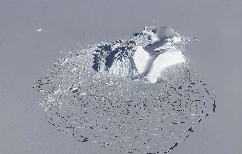 Chaque année, la Terre perd 1.200 milliards de tonnes de glace. © Nasa, Linette Boisvert