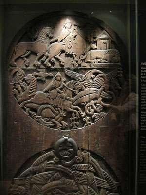 Un pan de porte du XIIIe siècle conservé à Reykjavik. © National Museum of Iceland