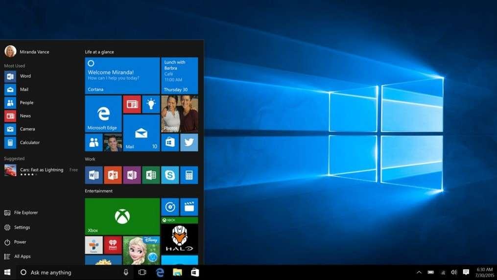 Trente ans séparent l'image de l'écran d'accueil de Windows 1.0 en une de cet article et cette capture de l'interface de Windows 10 sorti cet été. © Microsoft