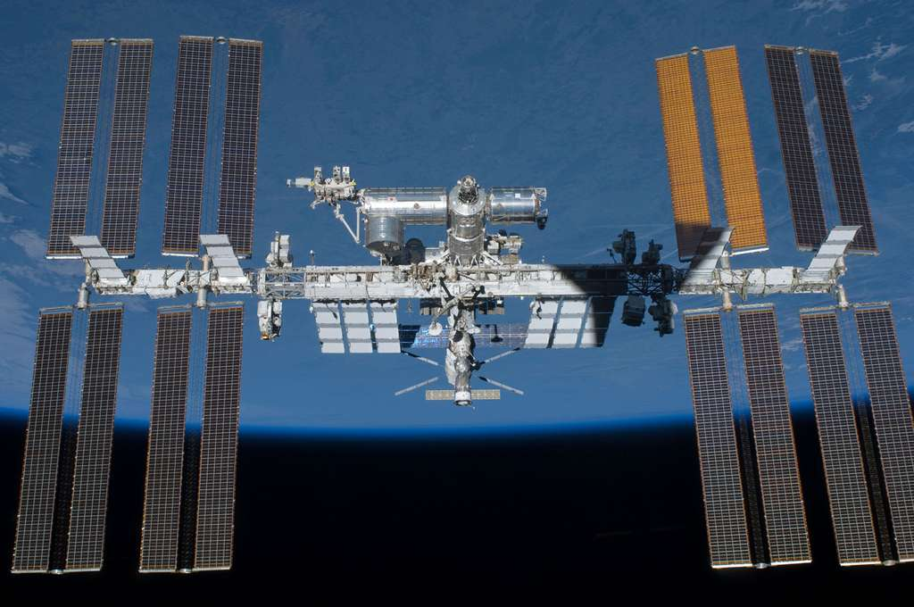 La Station spatiale internationale vue en mai 2011. © Nasa