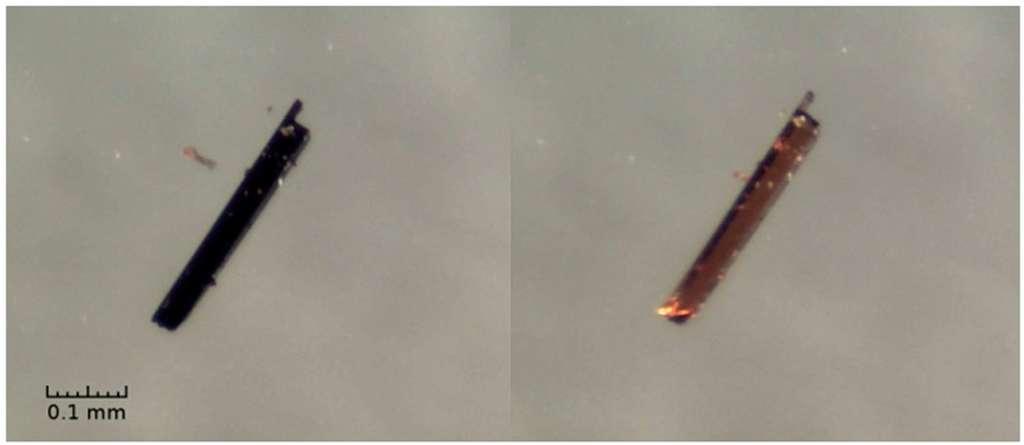 Observés au microscope, des cristaux gorgés d'oxygène (en noir, à gauche) et après la libération de ce gaz (à droite). La couleur a changé, trahissant un changement de structure. © Université du Danemark du Sud