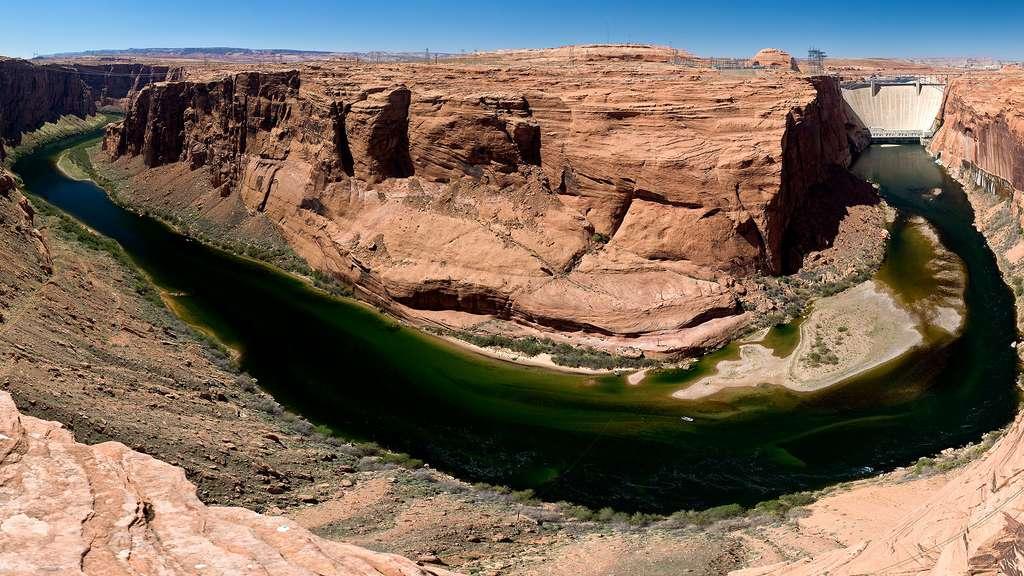 Le barrage de Glen Canyon a créé le lac Powell