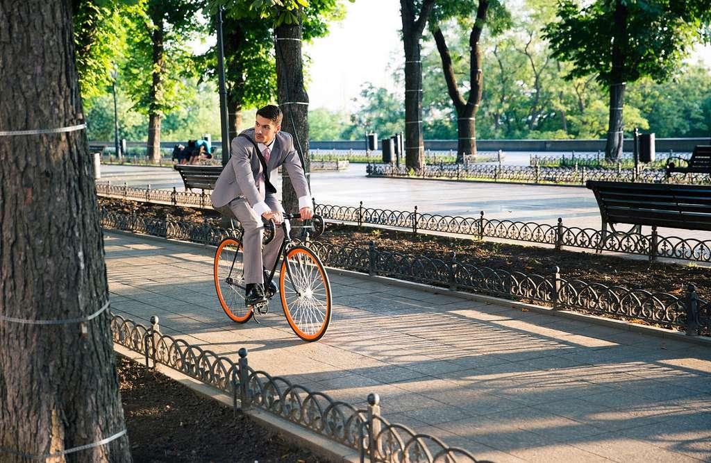 Promouvoir les modes de transport doux limiterait la pollution. © Dean Drobot, Shutterstock