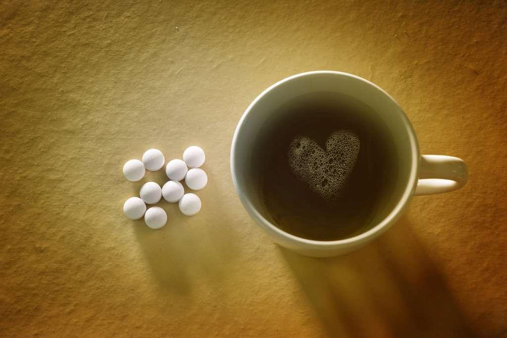 Caféine et antibiotiques ne font pas bon ménage. © thanasak, Fotolia