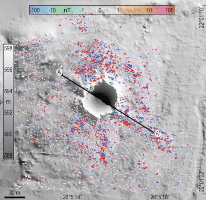 Sur cette image du cratère ont été reportés tous les points de collecte de météorites pesant plus de 10 grammes. Crédit L. Folco
