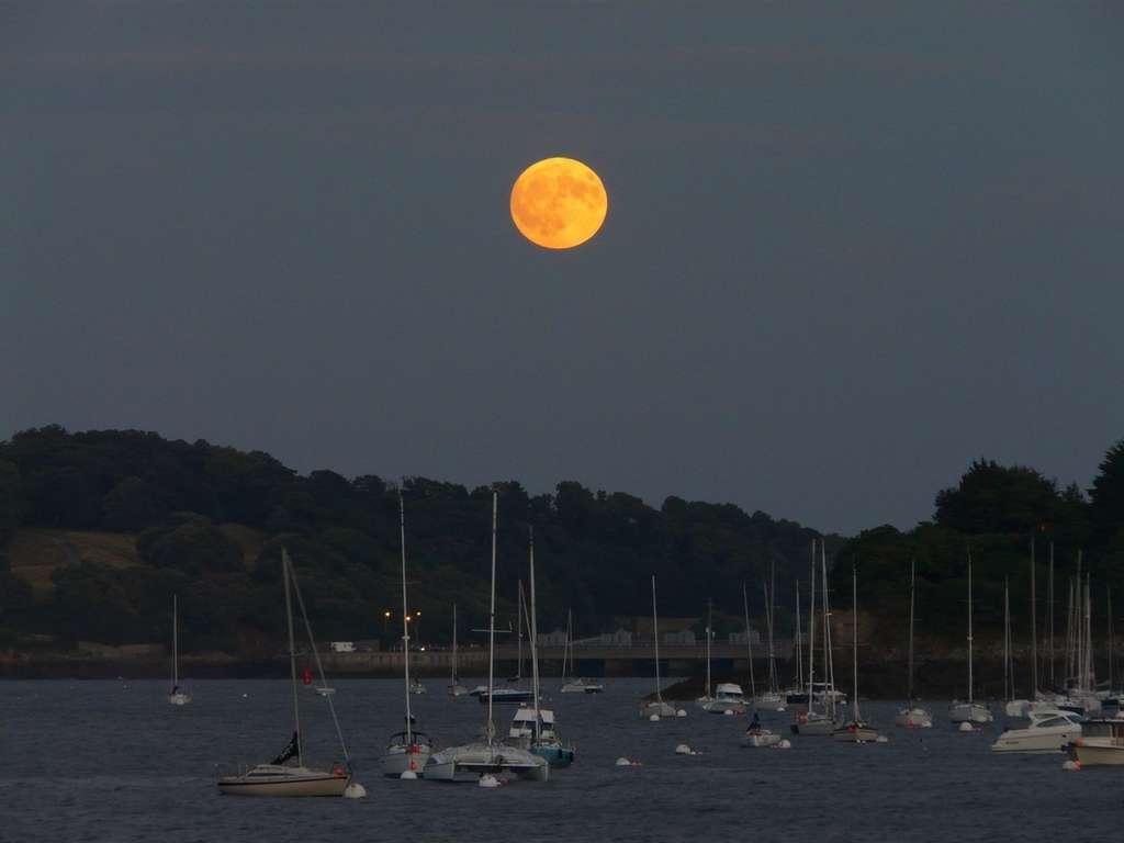 Pleine Lune bretonne. © J.-B. Feldmann