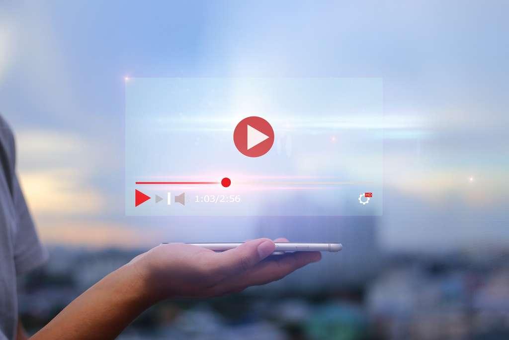 La méthode pas à pas pour convertir une vidéo YouTube en format MP3 de façon simple et rapide. Écoutez vos sons favoris n'importe où et n'importe quand ! © panuwat, Adobe Stock