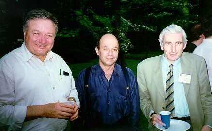 De gauche à droite, Rashid Sunyaev, Jerry Ostriker et Sir Martin Rees. Crédit : Université de Princeton