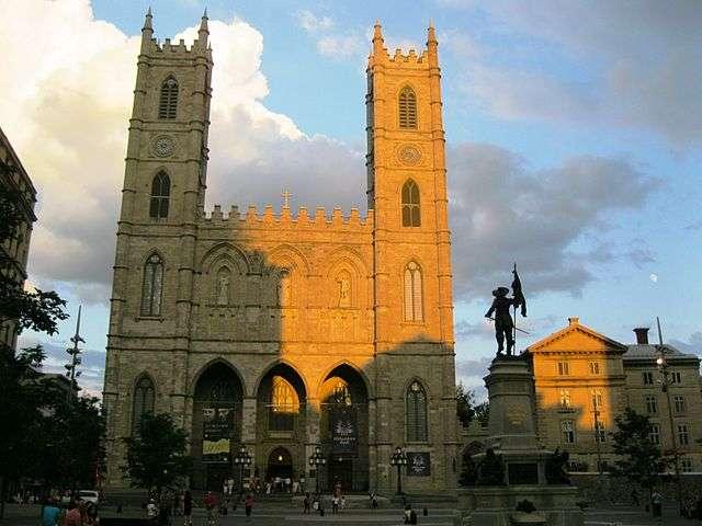 La basilique Notre-Dame de Montréal est l'un des joyaux de la ville. © Jeangagnon, Wikimedia Commons, CC by-sa 3.0