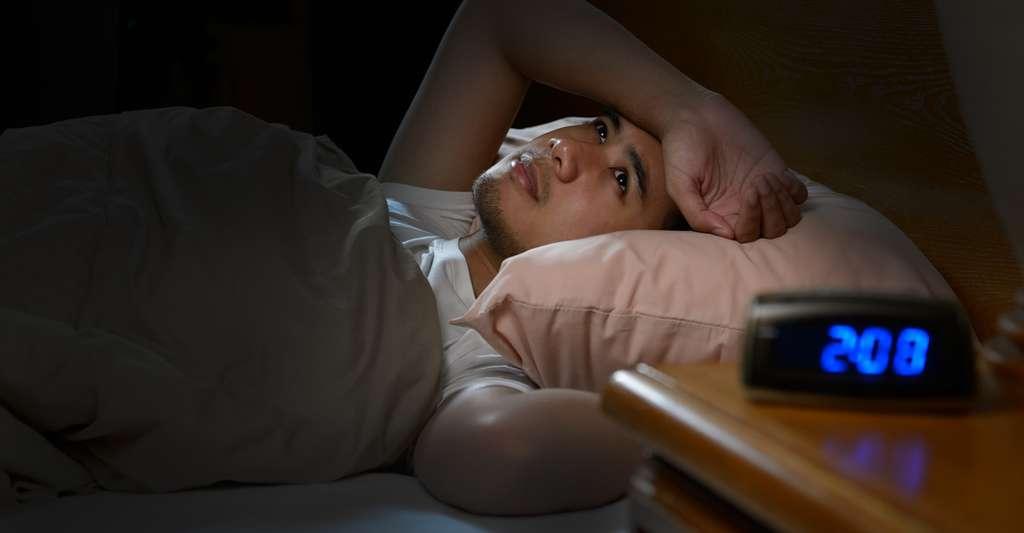 Si vous avez du mal à trouver le sommeil, la science vous recommande de vous lever et de ne retourner au lit qu'une fois que la fatigue se fait ressentir. © amenic181, Fotolia